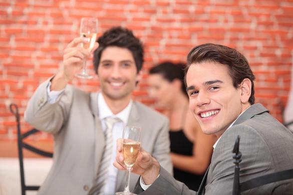 Selon un travail suédois, un faible Qi pourrait mener à la dépendance à l'alcool. ©Phovoir