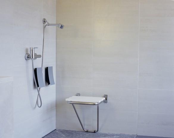 Une douche est plus écologique, plus rapide et surtout plus accessible. ©Phovoir