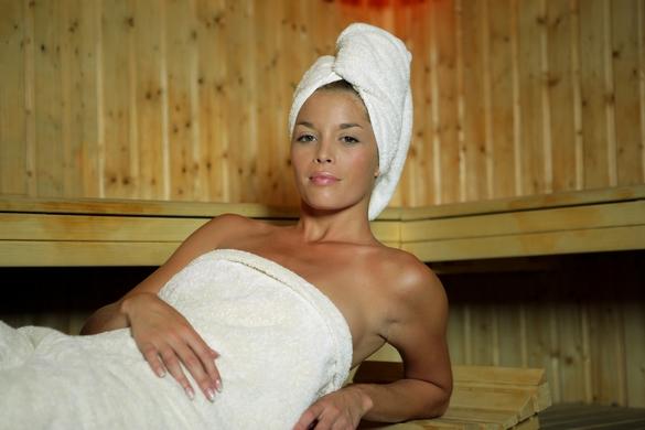Pratiqué régulièrement, le sauna renforce l'activité cardiovasculaire. ©Phovoir