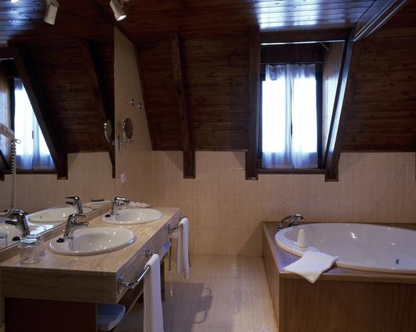 La salle de bain est une des pièces où les chutes sont les plus nombreuses. ©Phovoir