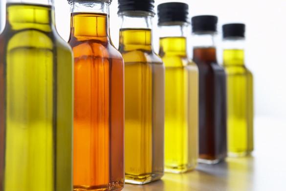Les huiles végétales aussi sont indispensables au bon équilibre nutritionnel. ©Phovoir