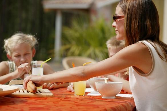 Beaucoup de parents négligent encore les yeux de leurs enfants. ©Phovoir