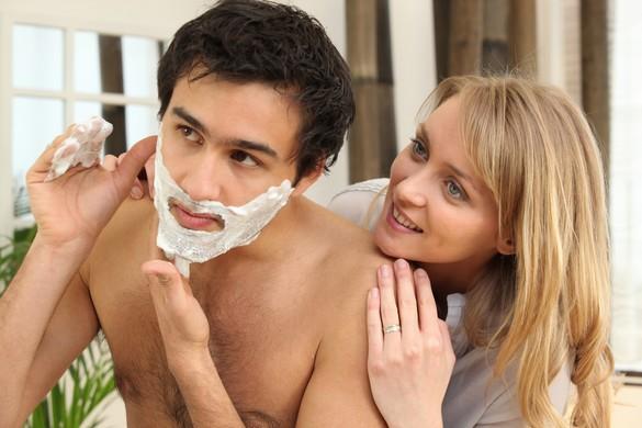 Hommes et femmes ont environ 5 millions de follicules pileux. ©Phovoir