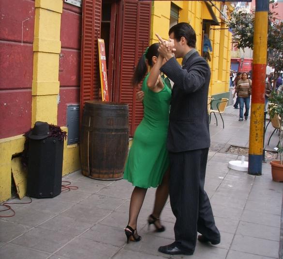 Vers un nouveau traitement contre la maladie de Parkinson ? La tango-thérapie ! ©Phovoir