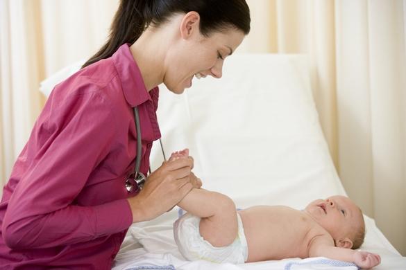 Pour la santé de votre enfant, privilégiez un pédiatre. ©Phovoir