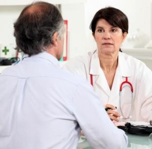 Chez les patients sous olmesartan, les médecins doivent veiller au risque de développer une entéropathie. ©Phovoir