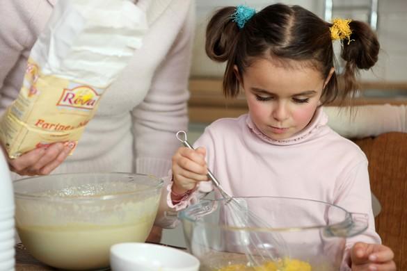 Bien manger et bien s'hydrater, essentiel à la vitalité des enfants !©Phovoir
