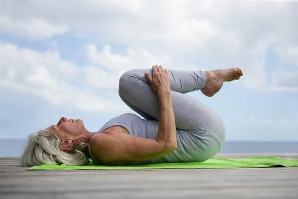 Le sport présente des bienfaits sur les systèmes cardiovasculaire, locomoteur (os, muscles), neurocognitif et immunitaire des plus de 50 ans. ©Phovoir