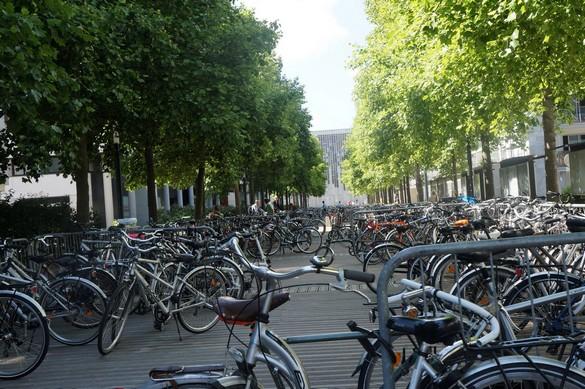Un parking à vélos à Nantes… pendant Vélo City en juin 2015. ©Destination santé