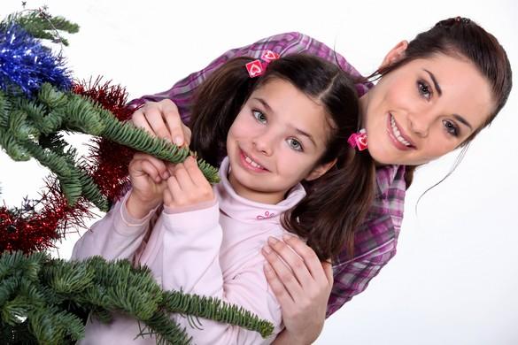 Après une séparation, il est essentiel de valoriser les cadeaux venant de l'autre parent. © Phovoir.