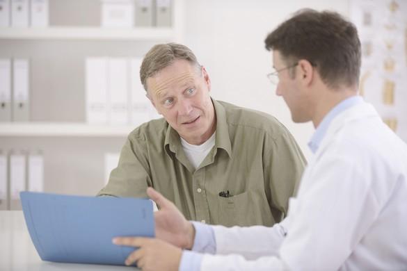 En France, le programme de dépistage du cancer colorectal est accessible à partir de 50 ans. ©mangostock/shutterstock.com