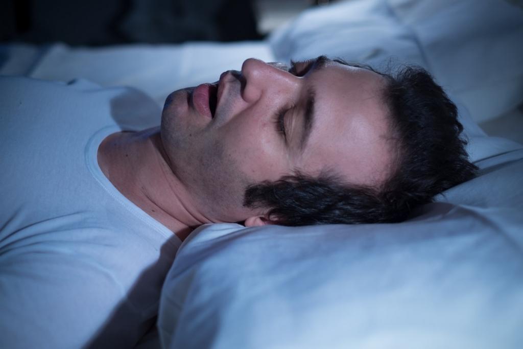 Apnée du sommeil et maladie d'Alzheimer : l'étau se resserre
