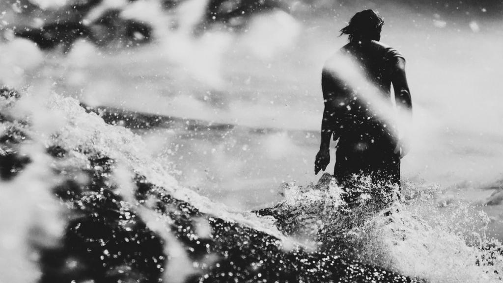 Les surfeurs, 3 fois plus exposés aux bactéries antibiorésistantes