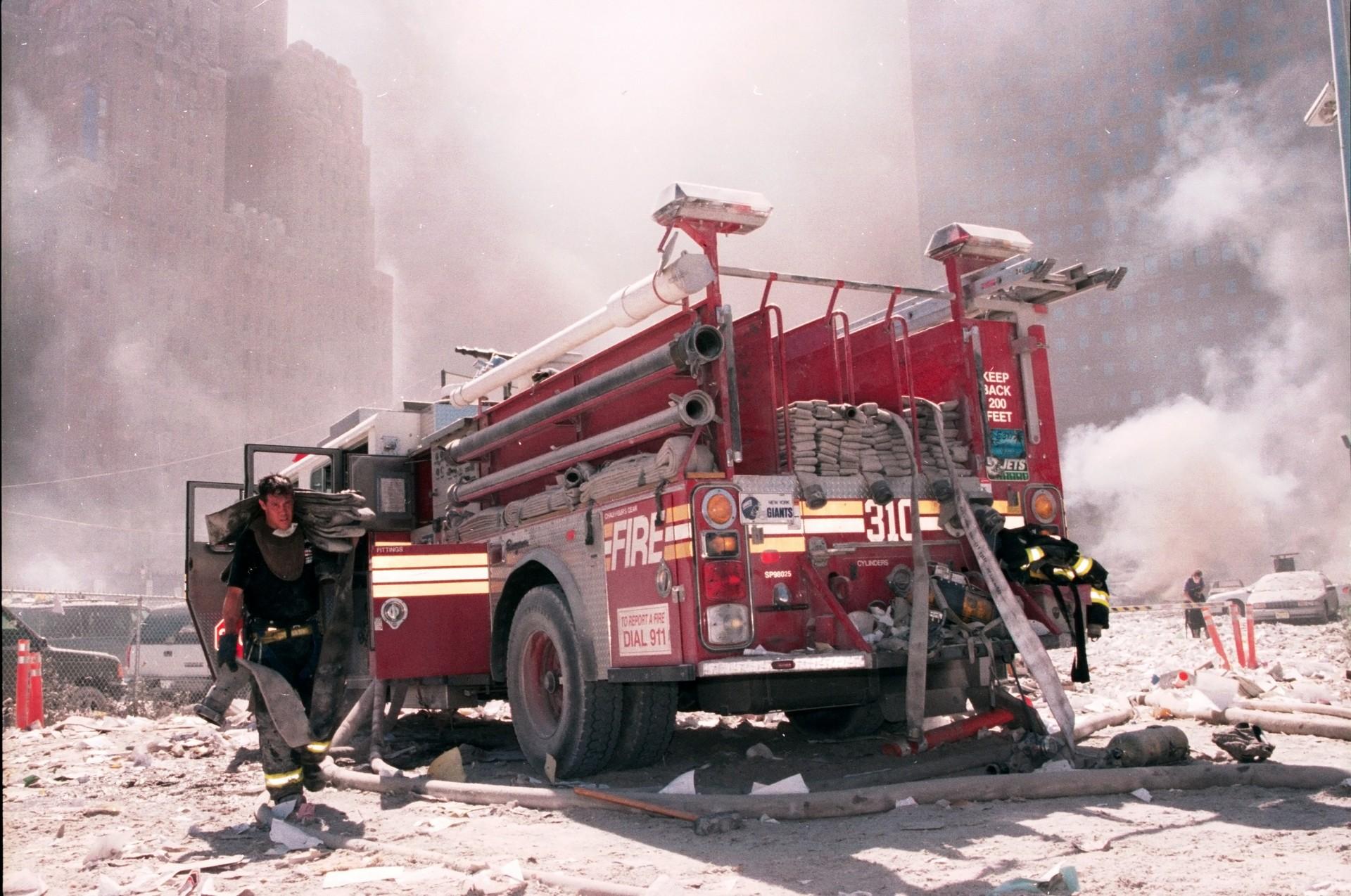 Avoir été exposé aux fumées et débris volatiles de la chute des tours du World Trade Center le 11 septembre 2001 est à l'origine de nombreuses